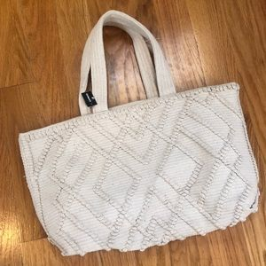 SHIRALEAH Chicago brand canvas tote bag from express.